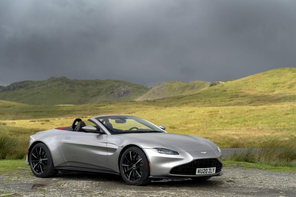 Aston Martin Vantage, Supercars