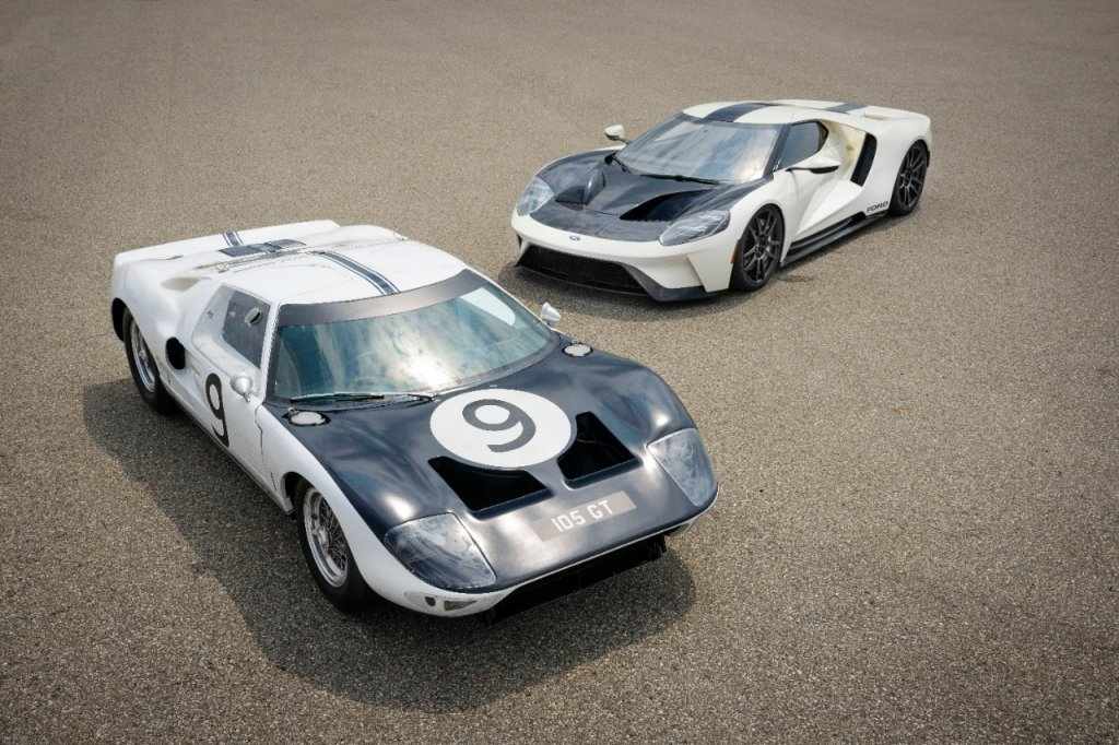 Ford GT40 Prototype with the new Ford GT '64 Heritage Edition